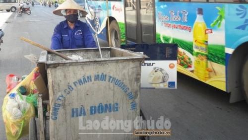 Công nhân môi trường chủ động phòng chống dịch