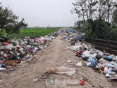 Xử lý rác thải ở nông thôn: Cần những giải pháp triệt để hơn