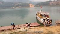 Đảo Dừa (Hòa Bình): Tô điểm nét đẹp cho lòng hồ