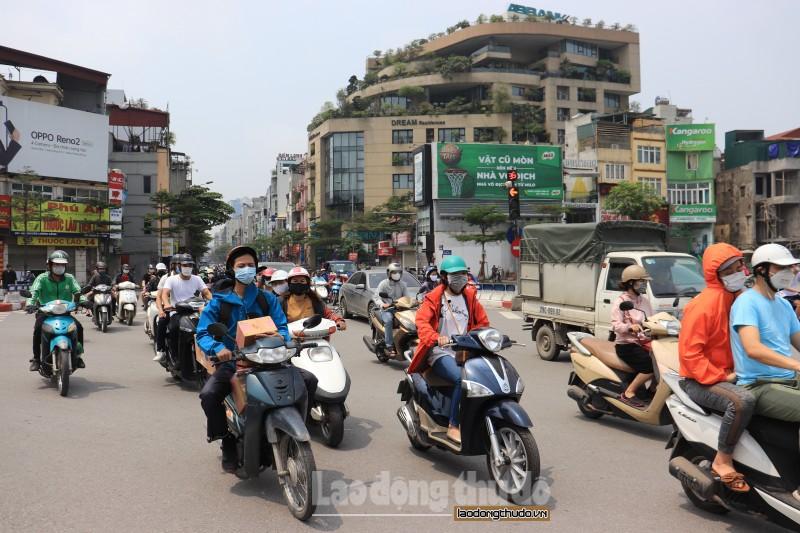 Chất lượng không khí Hà Nội ngày 21/9: 3 khu vực AQI ở mức kém