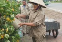 Người lao động bảo hộ kỹ càng, đổi giờ làm việc để tránh nắng nóng