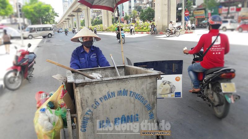 nguoi lao dong bao ho ky cang doi gio lam viec de tranh nang nong