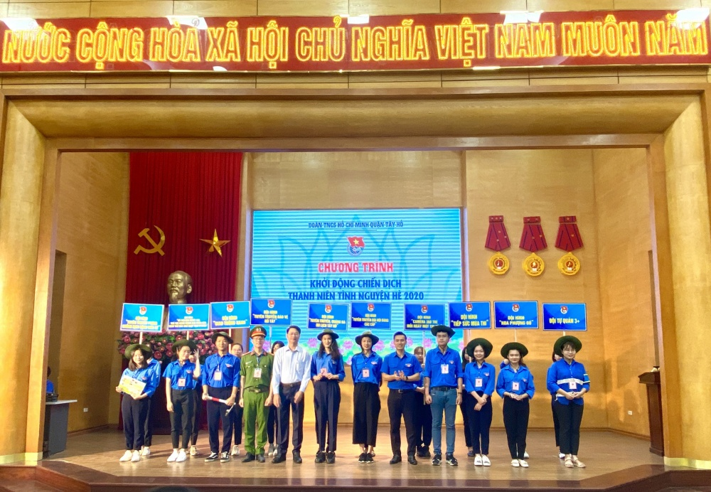 tuoi tre tay ho phat dong chien dich tinh nguyen he 2020