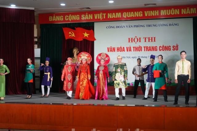 Sôi nổi Hội thi văn hóa và thời trang công sở Công đoàn Văn phòng Trung ương Đảng