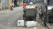 Tình trạng xả rác, phế thải tràn lan ven đường Hồng Hà sẽ sớm được giải quyết