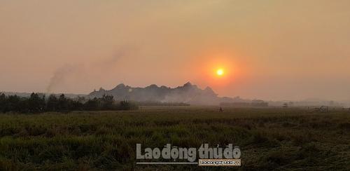 Hà Nội tiếp tục tăng cường kiểm tra tình trạng đốt rơm, rạ