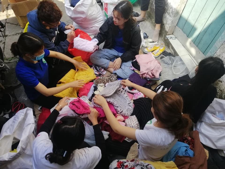 Hơn 800kg quần áo cũ sẽ được chuyển đến những hoàn cảnh khó khăn