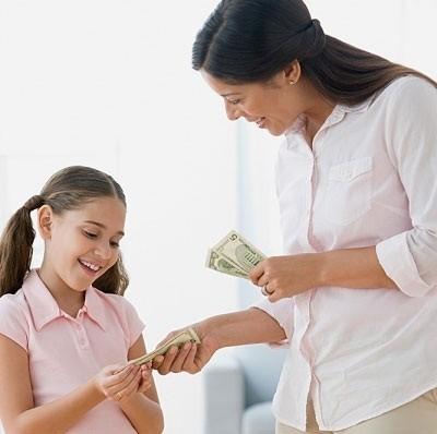 Lạm dụng treo thưởng cho con sẽ hình thành tính đòi hỏi ở trẻ