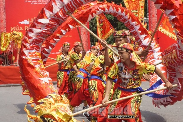 Sôi động Liên hoan Múa rồng Hà Nội năm 2019