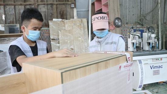Thêm giải pháp hỗ trợ doanh nghiệp, người dân chịu tác động của dịch Covid-19
