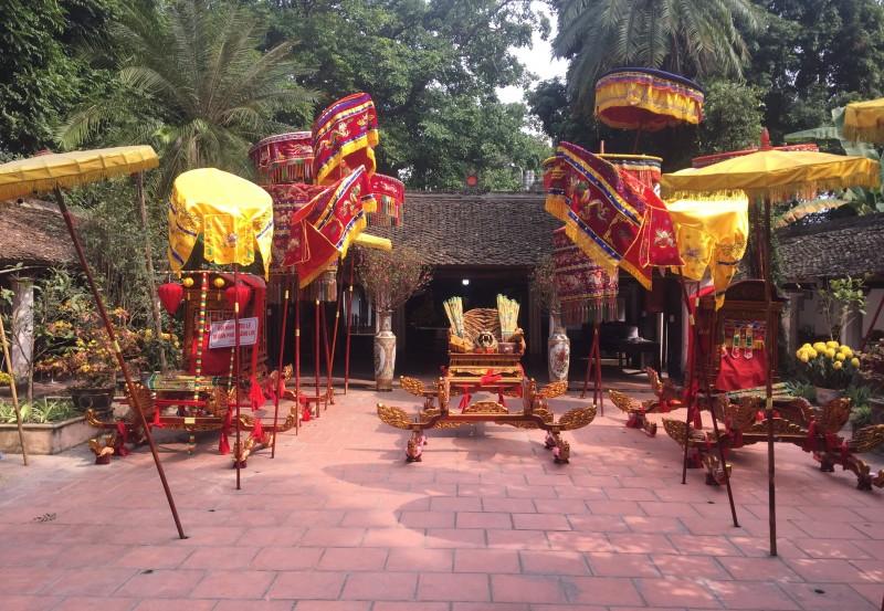Tưng bừng lễ hội truyền thống làng La
