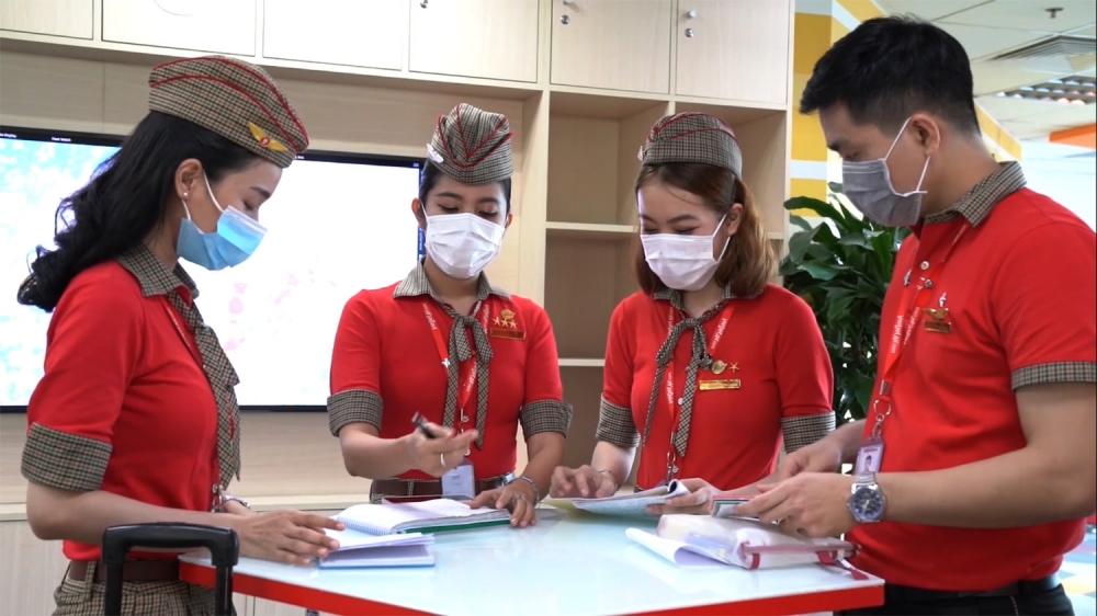 Vietjet tăng cường công tác nhân sự trong đại dịch