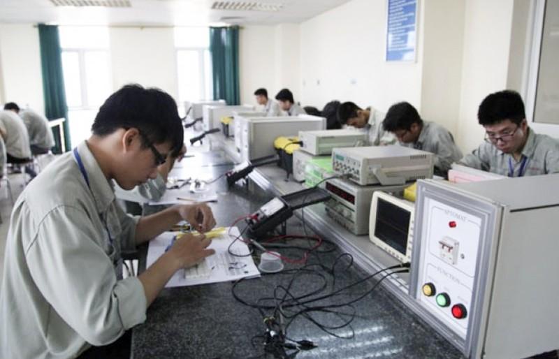 Gần 900 cơ sở giáo dục nghề nghiệp cho học sinh, sinh viên nghỉ học