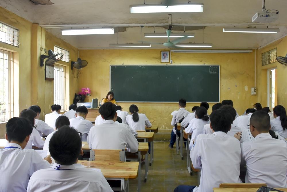 Sự việc học sinh vi phạm kỷ luật ở Hà Nội: Yêu cầu tăng cường giáo dục đạo đức cho học sinh