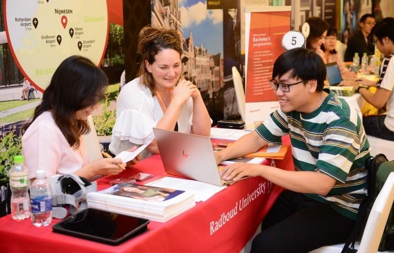Hà Nội: Công khai danh sách các trung tâm tư vấn du học