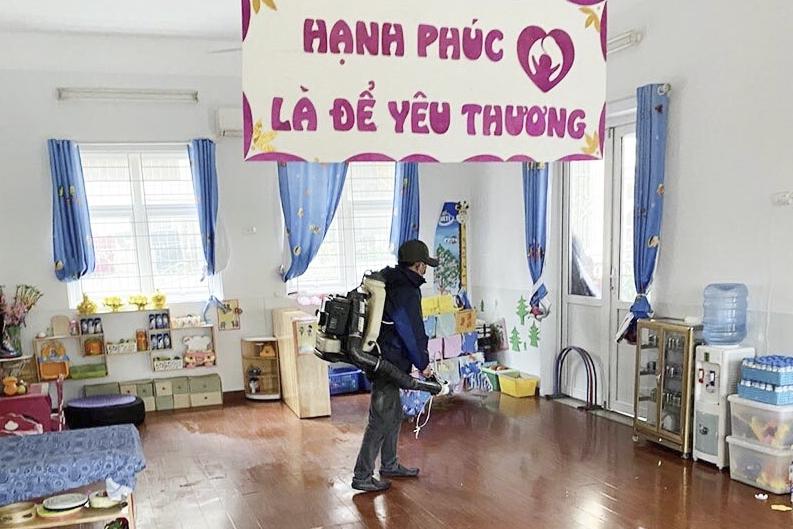 Học sinh hào hứng trở lại trường, chấp hành nghiêm quy định phòng chống dịch