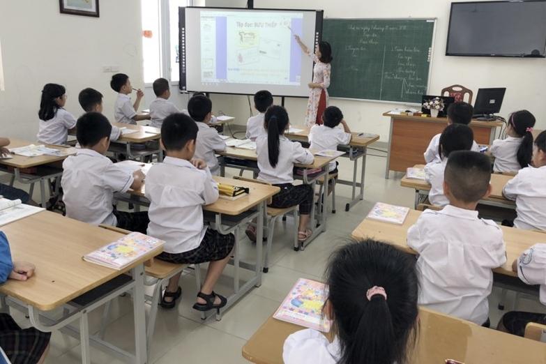 Hà Nội: 25 quận, huyện, thị xã đạt chuẩn phổ cập trung học cơ sở mức độ 3