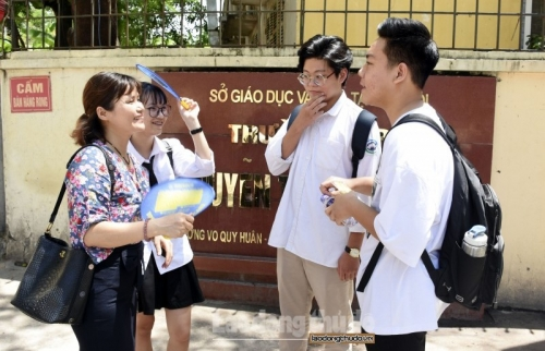 Công bố đề thi tham khảo kỳ thi Trung học phổ thông quốc gia năm 2020