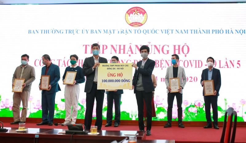 truong trung hoc pho thong phan huy chu dong da ung ho 100 trieu dong