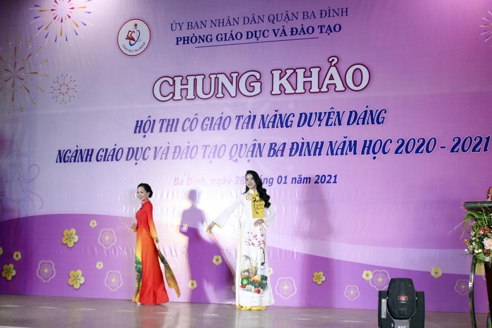 Tôn vinh vẻ đẹp, tài năng nữ nhà giáo Hà Nội