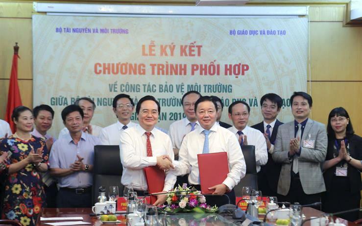 ky ket chuong trinh phoi hop cong tac bao ve moi truong giai doan 2019 2025