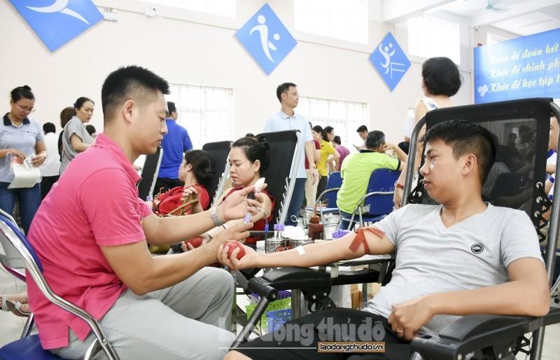 Sôi nổi Ngày hội hiến máu tình nguyện khối CNVCLĐ