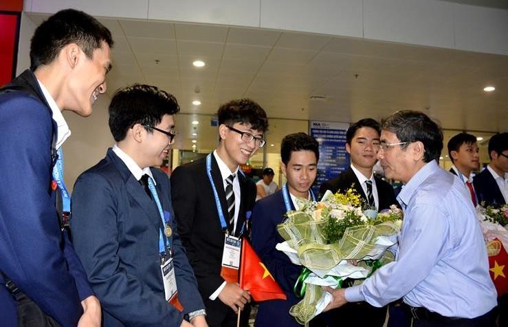 Học sinh Việt Nam giành giải Ba tại Hội thi khoa học kĩ thuật quốc tế