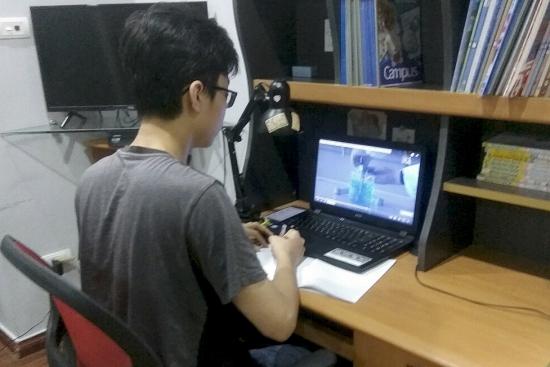 Trường học đầu tiên cho học sinh kiểm tra học kỳ 2 theo hình thức trực tuyến