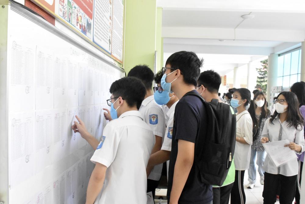 144 học sinh được miễn thi tốt nghiệp và xét tuyển thẳng vào đại học, cao đẳng