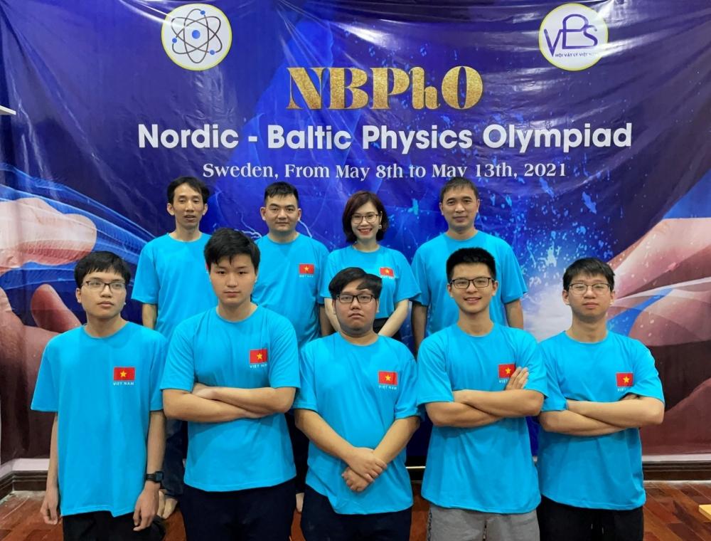4 học sinh Hà Nội giành Huy chương tại kỳ thi Olympic Vật lý Bắc Âu - Baltic