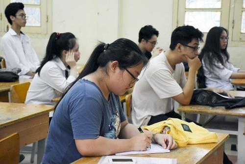 Nhiều đánh giá tích cực về lần khảo sát trực tuyến lớp 12 đầu tiên  tại Hà Nội