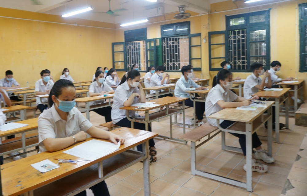 Công tác phòng, chống dịch được thực hiện nghiêm túc ngay trong buổi thi đầu tiên