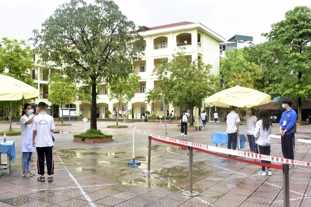 Hà Nội công bố điểm chuẩn vào lớp 10 Trung học phổ thông công lập năm học 2021-2022