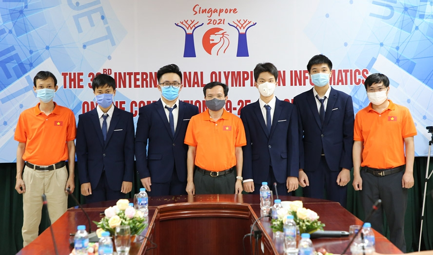 Học sinh Việt Nam giành 4 Huy chương Bạc tại Olympic Tin học quốc tế