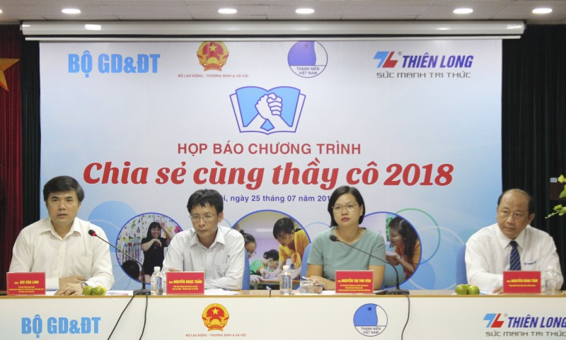 chia se cung thay co 2018