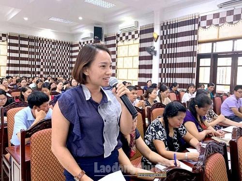 Trực tuyến hình ảnh: Gần 300 công nhân lao động đối thoại về chế độ, chính sách