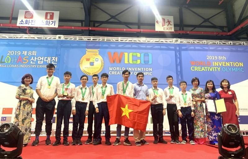 Đoàn học sinh Việt Nam đạt giải cao tại Olympic Phát minh và Sáng chế thế giới