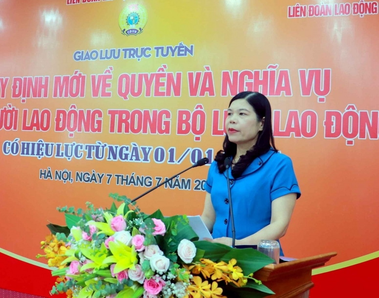 Đang giao lưu trực tuyến: Quyền và nghĩa vụ của người lao động trong Bộ luật Lao động có hiệu lực từ năm 2021