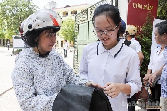 Hà Nội: Học sinh trúng tuyển vào lớp 10 phải xác nhận nhập học