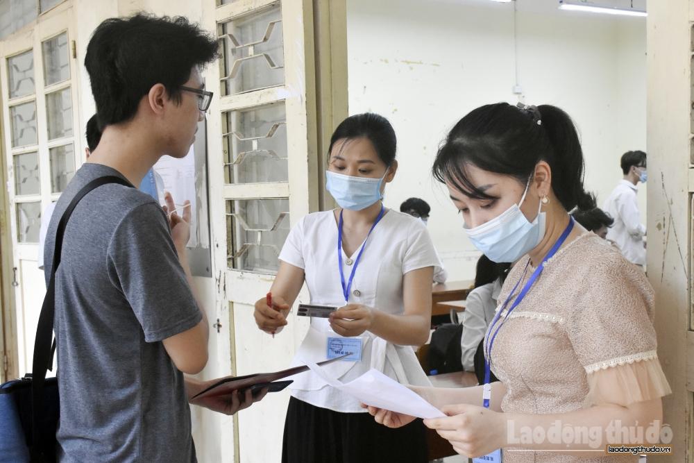 Hơn 101.000 thí sinh Thủ đô làm thủ tục dự thi trong điều kiện đảm bảo phòng, chống dịch cao nhất