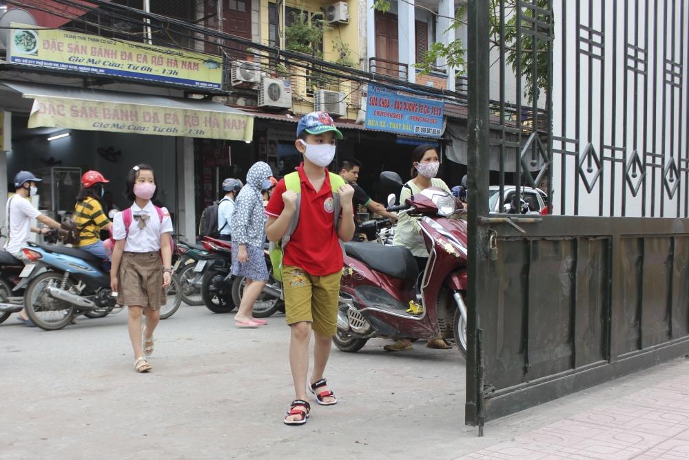 Hà Nội chưa xem xét việc cho học sinh trở lại trường vào ngày 10/7
