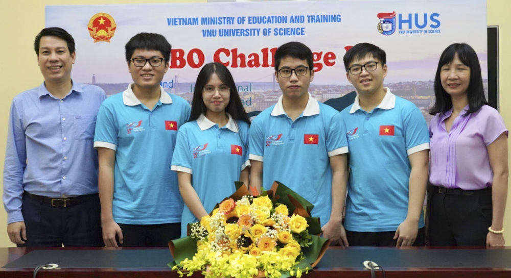 Học sinh Việt Nam giành thành tích xuất sắc tại các kỳ thi Olympic quốc tế năm 2021
