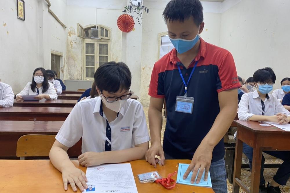 Triển khai nhận đơn phúc khảo bài thi đảm bảo an toàn phòng, chống dịch