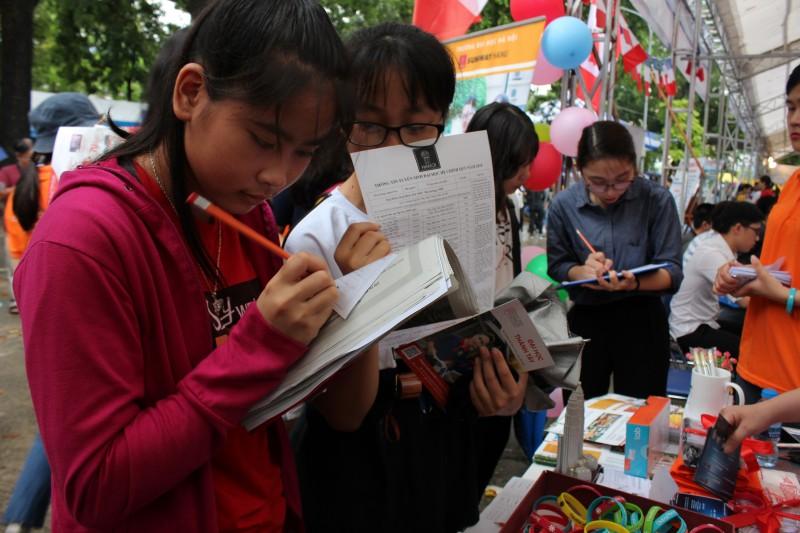 Hơn 304.000 thí sinh điều chỉnh nguyện vọng xét tuyển đại học 2018