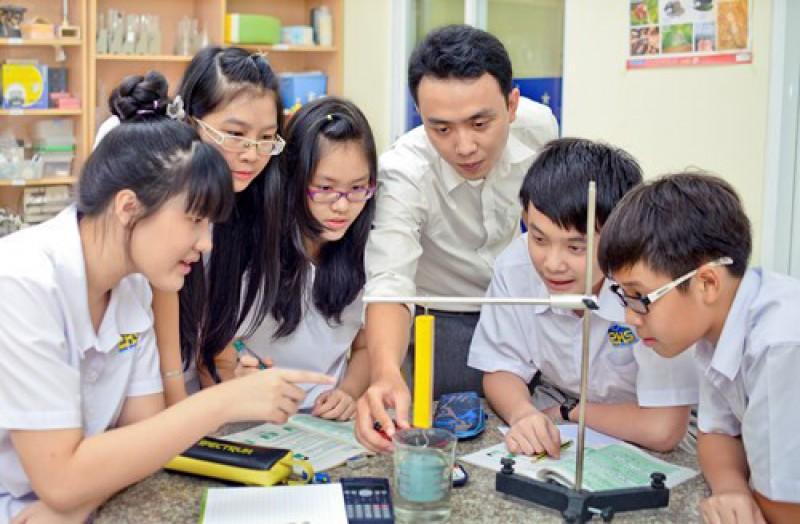 Hiệu trưởng cơ sở giáo dục phổ thông sẽ được xếp loại theo 4 mức