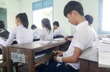 Giáo viên, học sinh không sử dụng điện thoại trong giờ học