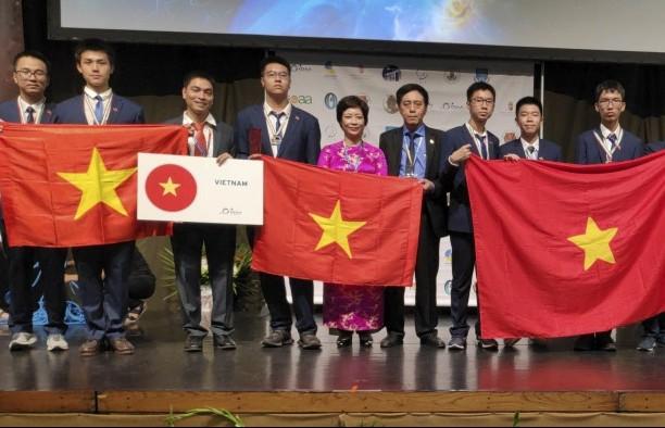 Chủ động phương án cử các đoàn học sinh dự thi Olympic khu vực và quốc tế