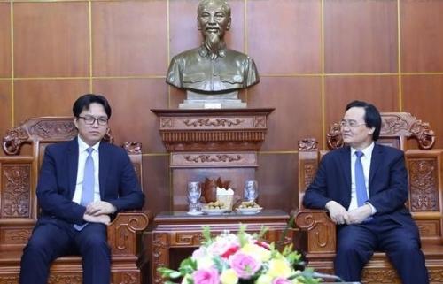 Hợp tác giáo dục giữa Việt Nam và Campuchia có nhiều khởi sắc