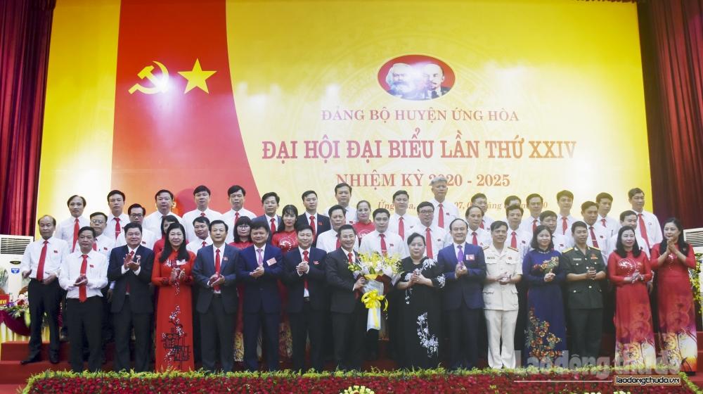 Đồng chí Nguyễn Phi Thường tái đắc cử chức Bí thư Huyện ủy Ứng Hòa