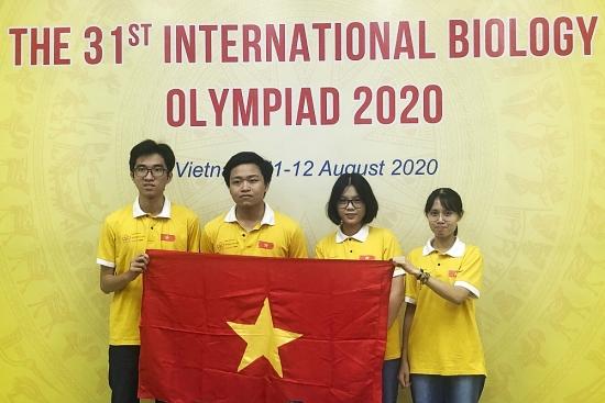 4/4 học sinh Việt Nam đoạt giải tại Olympic Sinh học quốc tế